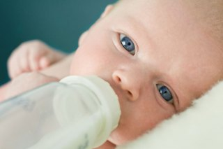 How Much Milk Should My Baby Drink?